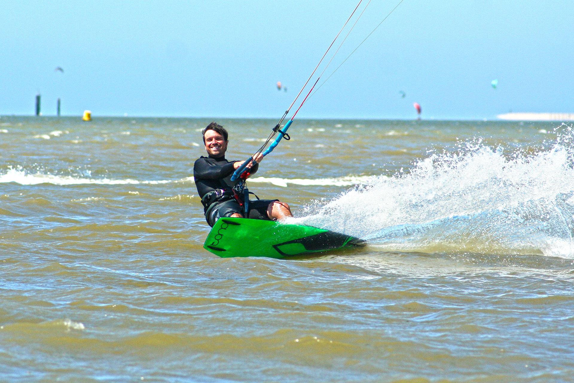 Kitesurfing-Oostvoorne-Denis